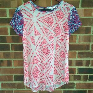 Like new CAbi ivory blue red printed top